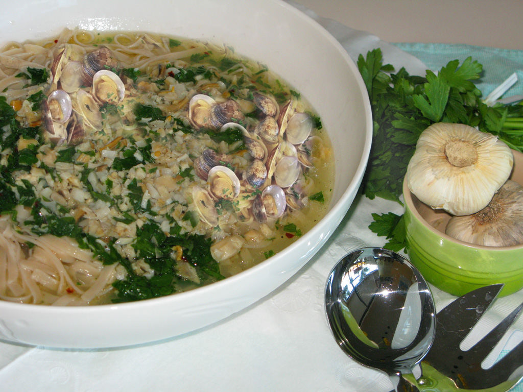 White clam sauce with gluten free pasta
